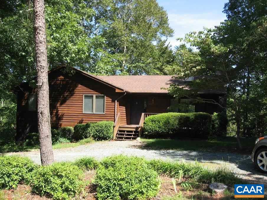 Property for sale at 21 SANDY BEACH CT, Palmyra,  VA 22963