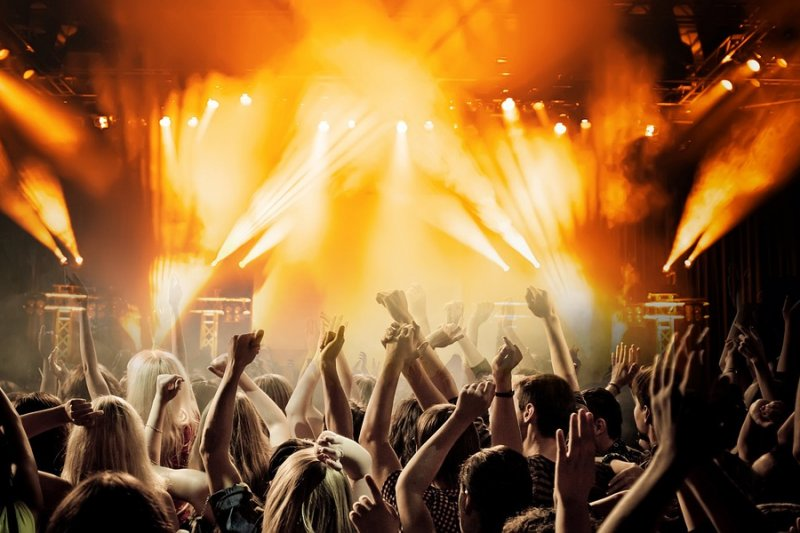 Drinking may worsen hearing loss at loud concerts   UPI com