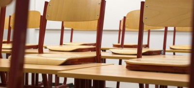 classroom-chairs