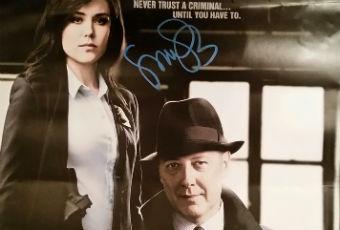 Megan Boone Autograph