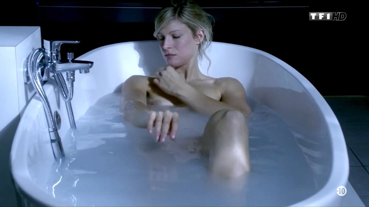 alexia barlier nude
