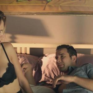 Alexis Knapp in Cavemen