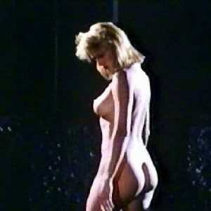 Andrea Thompson in Hot Splash