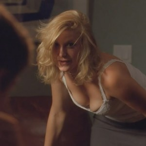 Anna Gunn in Breaking Bad
