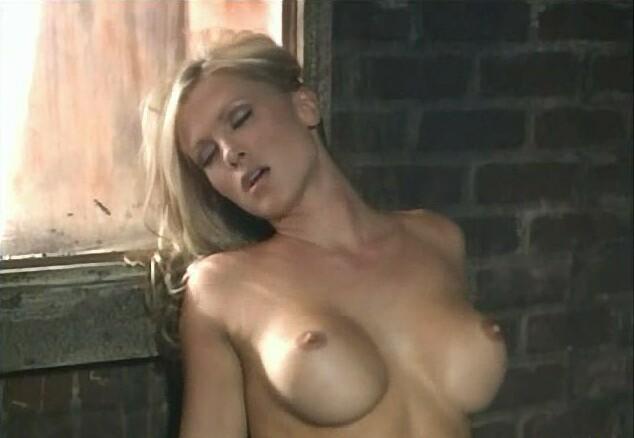 chubby girl squat porn
