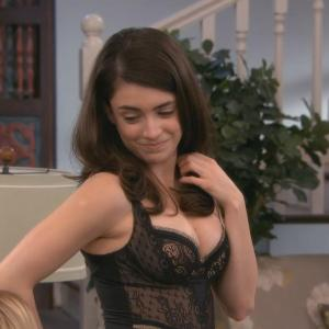 Daniela Bobadilla in Anger Management (2012)