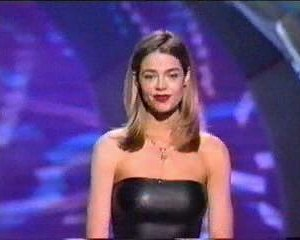 Denise Richards in MTV Movie Awards