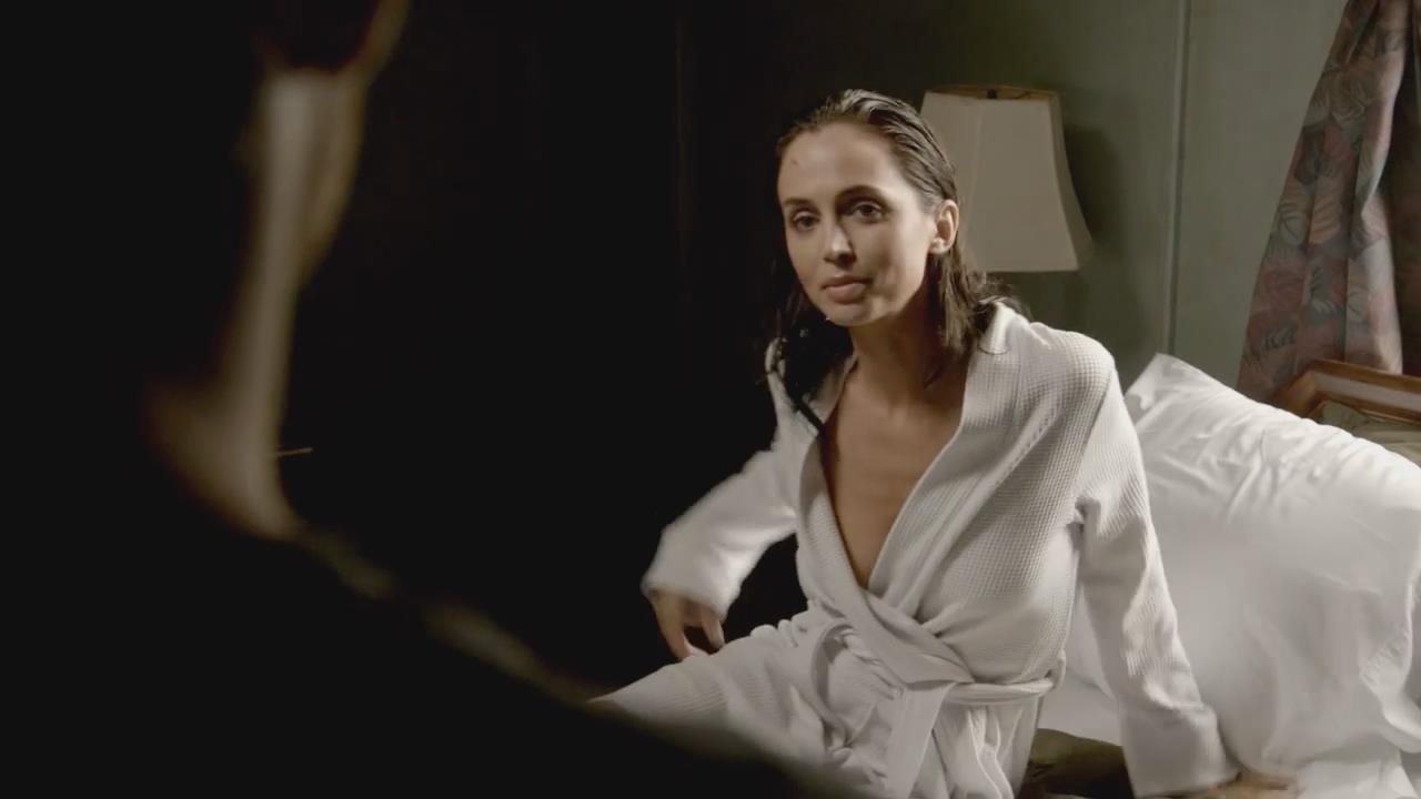 eliza dushku lesbian