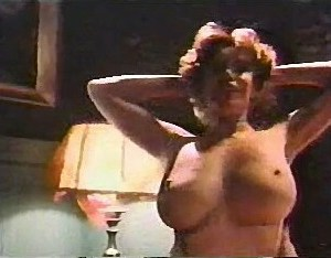 Kitten Natividad in Titillation