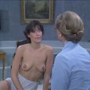 Lorraine Bracco in Duos sur canapé