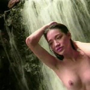 Qi Shu in Posing
