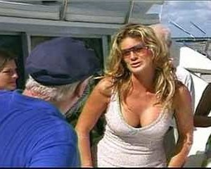 Rachel Hunter in The Real Gilligan's Island