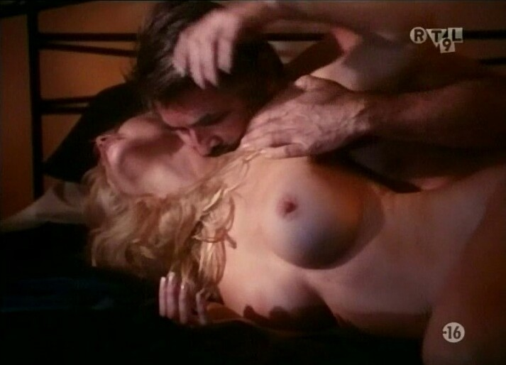 Shannon tweed indecent behavior 2 - 3 part 1
