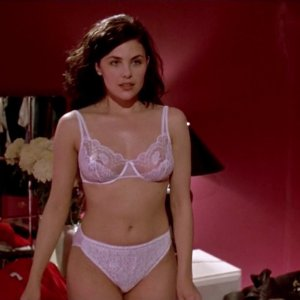 Sherilyn Fenn in Diary of a Hitman