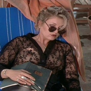 Sheryl Lee in Homage