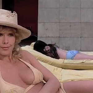 Stella Stevens in Slaughter