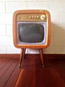 Retro/Vintage TV by meltingdog on stock xchng: http://www.freeimages.com/profile/meltingdog