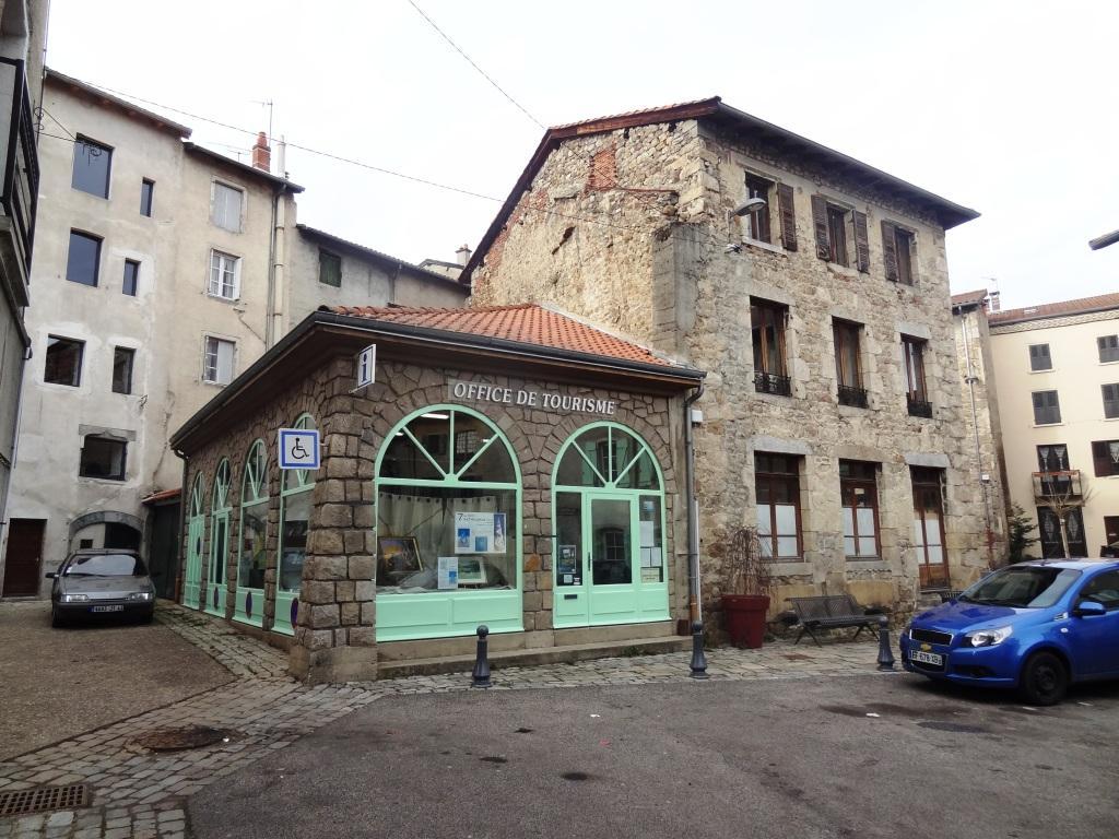 S 39 informer et donner son avis sur le centre bourg - Office du tourisme craponne sur arzon ...
