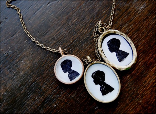 silhouette necklace nester