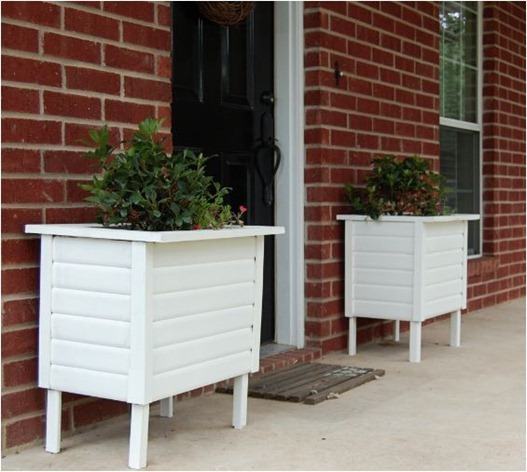 the accent piece box planters