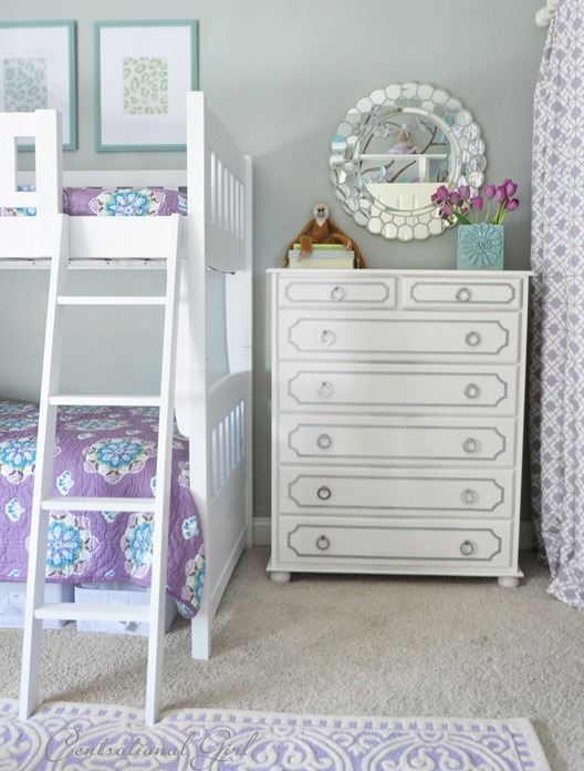 dresser and bunk beds