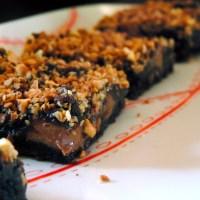 Brownie chocolat, pralinoise, pralin craquant