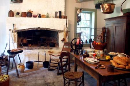 105455 600x450 colonial plantation kitchen