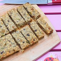 Dried fruit and seeds bars