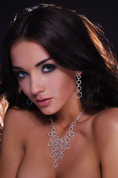 amy jackson hot stills