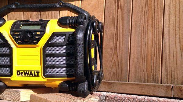 DeWALT Worksite Radio