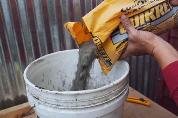 quikrete cement planters