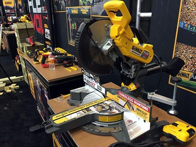 dewalt-flexvolt-cordless-miter-saw