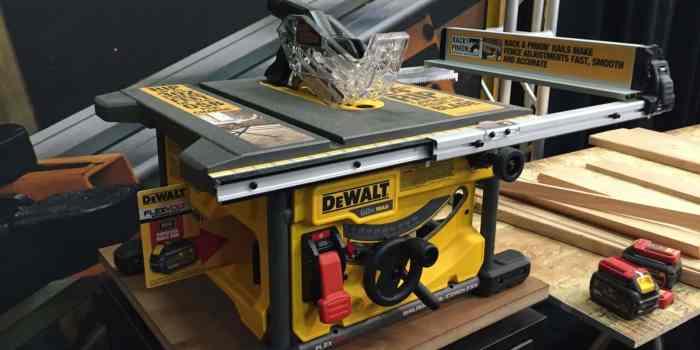 dewalt-flexvolt-tablesaw