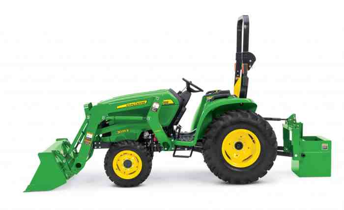 John Deere 3025E compact tractor