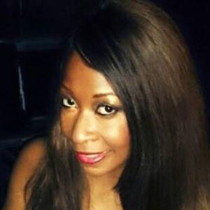 Songstress Kimberly Covington