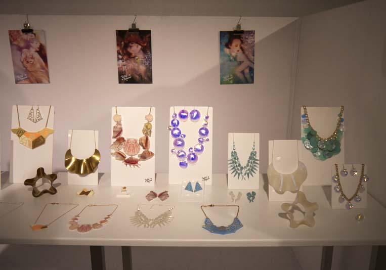 tatty-devine-jewellery-premiecc80re-classe-paris-charonbellis-blog-mode