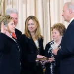 In 2009, from left to right, Hillary Clinton, Bill Clinton, Chelsea Clinton, Dorothy Rodham, and the unrelated Vice President Joe Biden.