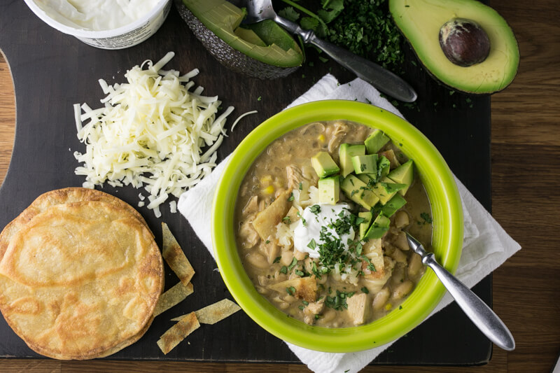This easy white chicken chili only requires one pan and you can get it on the table in 40 minutes or less. What more could you want? | Recipe from Chattavore.com
