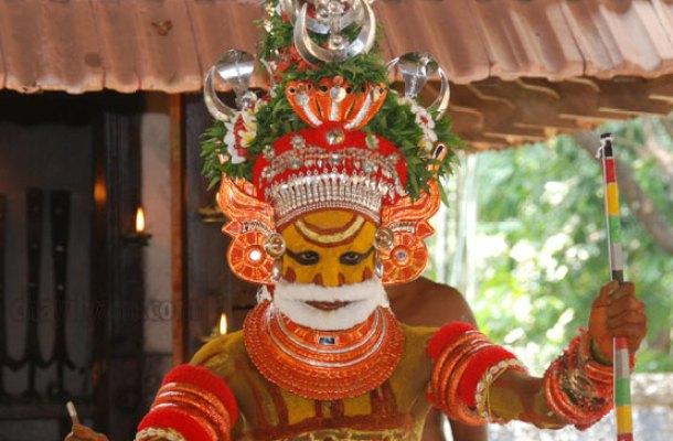 Parassini kadavu Sree Muthappan