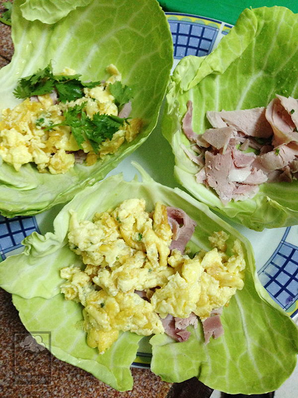cheffinitup-fruitsalad-ham-scramble-wrap0