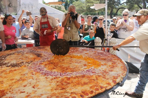 Medium Of Worlds Biggest Pizza