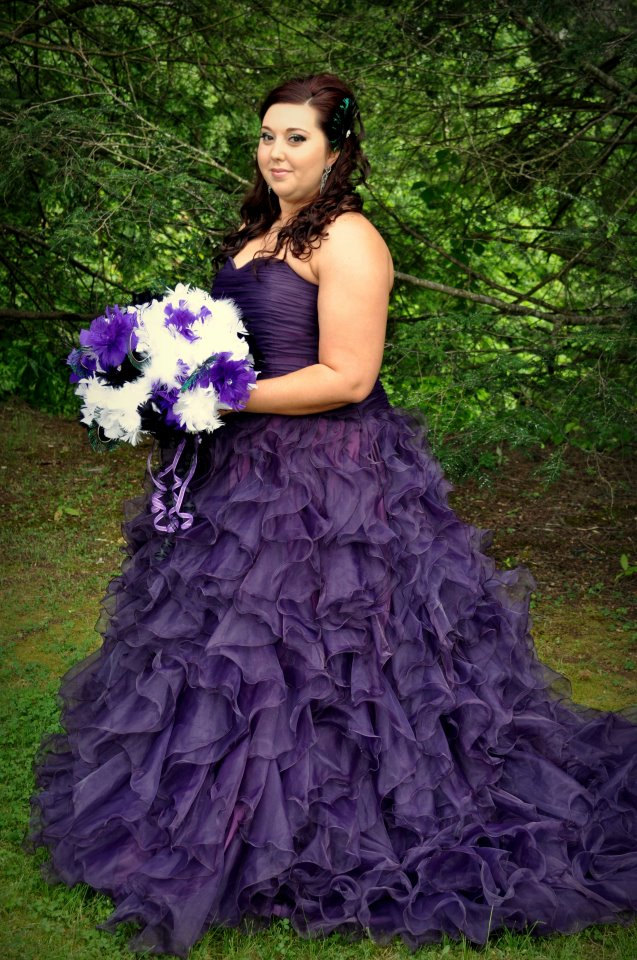 Romantic purple wedding dress for plus size woman for Purple plus size dresses for weddings