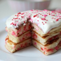Valentine's Funfetti Pancakes with Vanilla Greek Yogurt Sauce