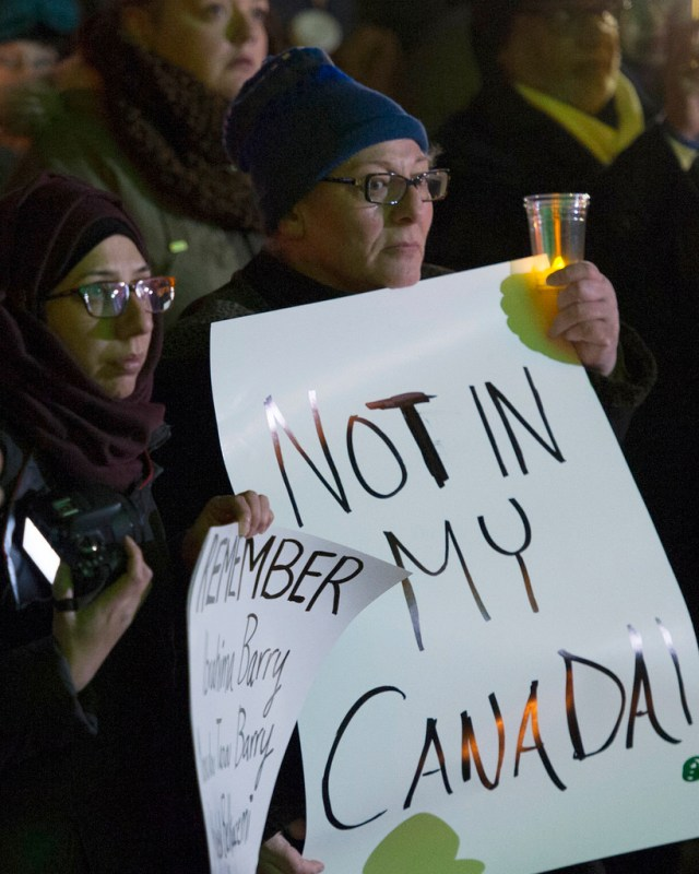 Candlelight vigil in Edmonton, Alberta for shooting victims at mosque in Sainte Foy, Quebec . Photo: Premier of Alberta, Creative Commons, some rights reserved