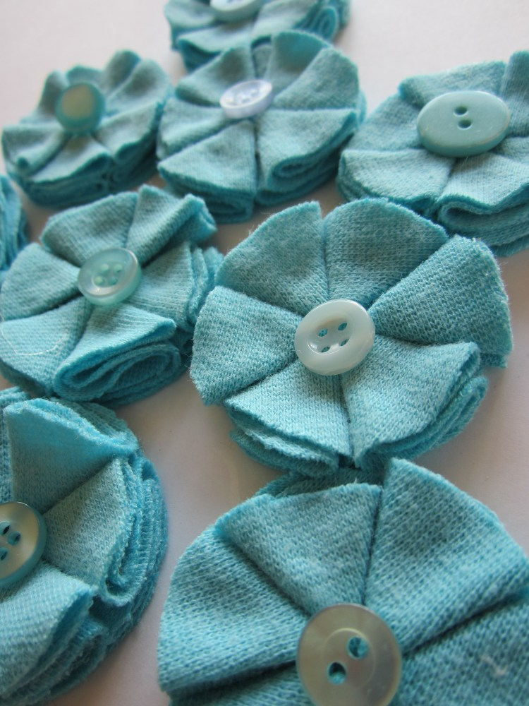 DIY Fabric Flowers (1/6)