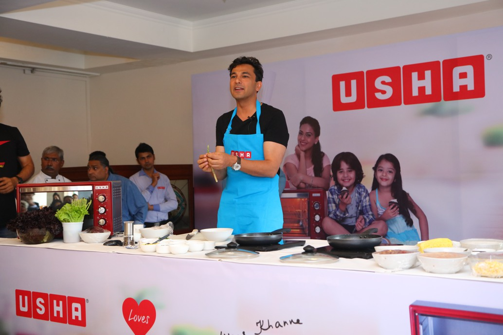 cook-out-with-chef-vikas-khanna-usha-otg-2016