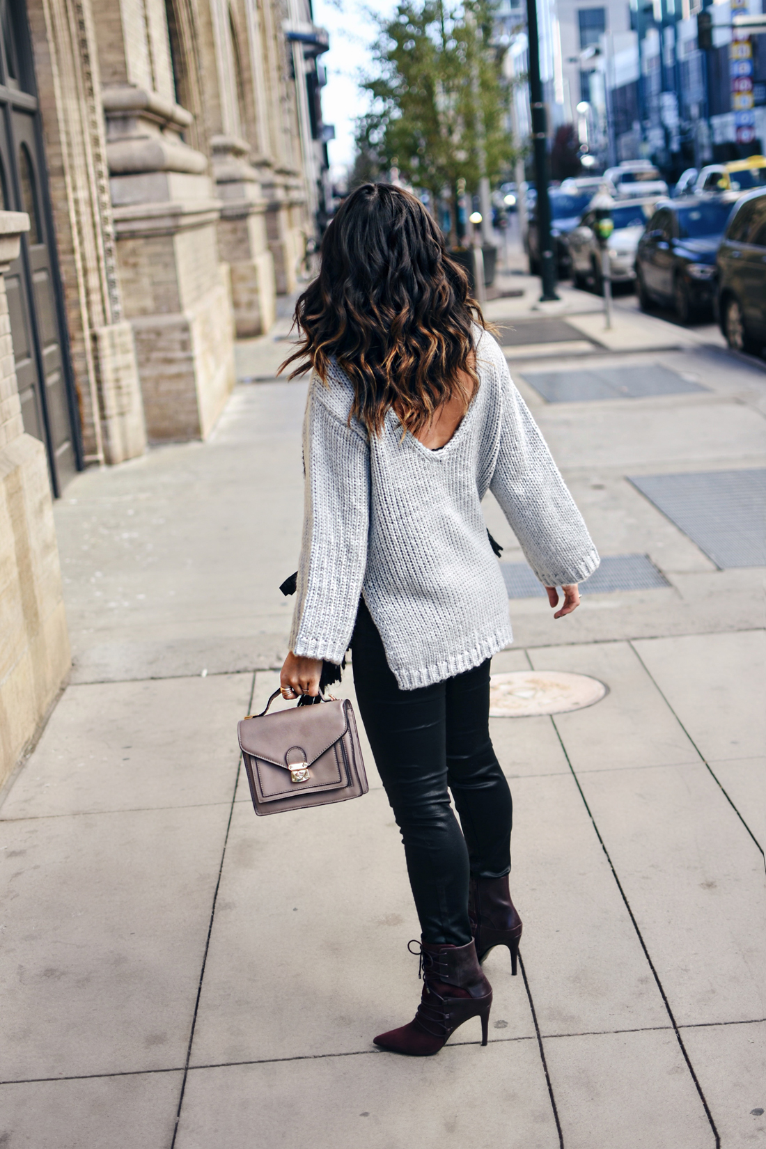 STYLING COATED SKINNY JEANS