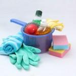 お風呂掃除、床の黒ずみ&天井のカビ対策にはクエン酸や重曹が良い!