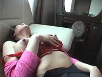 まるで漫画の様に母乳を射乳する熟妻。母乳動画の中でもこれは神部類でしょう。