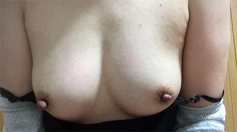 乳首にリング